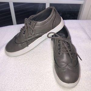 Steve Madden kids gray sneakers